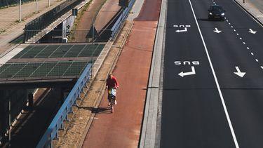 fietser in verkeer
