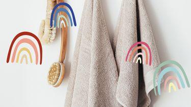 dry brush aan een haakje met een handdoek