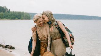 vrouwen op strand