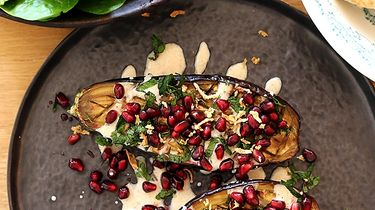 vega vrijdag geroosterde aubergines granaatappelpitjes
