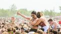 twee meisjes op festival
