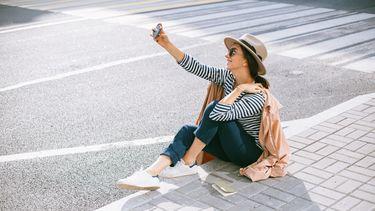 meisje maakt selfie