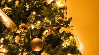 kerstboom met kerstballen