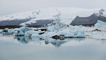 ijskappen die smelten op Groenland