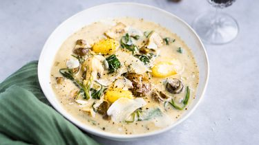 champignonsoep met gnocchi en spinazie