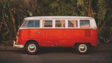 rood hippie busje