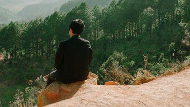 Persoon op berg