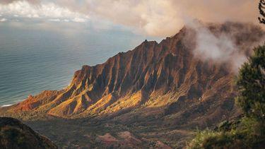 foto van Hawaii, die de klimaatverandering als noodtoestand afkondigt