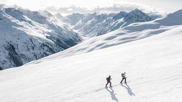 wintersport in de bergen