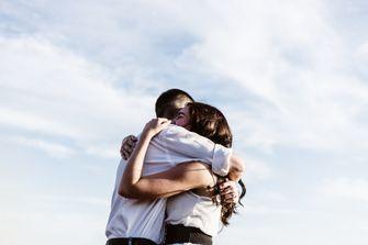 Afbeelding bij de Week tegen Eenzaamheid knuffel