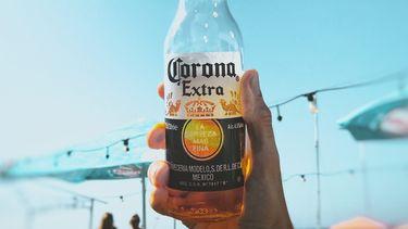Een flesje alcohol