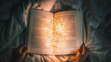 boek met lichtjes