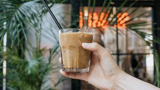 ijskoffie met avocado, vegan koffie