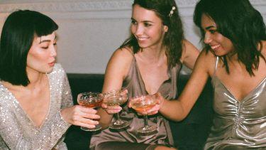 meisjes hebben een feestje