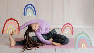 vrouw doet yoga in winter
