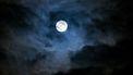 Volle maan in de nacht