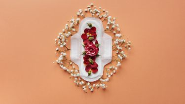 Menstruatieondergoed met bloemen