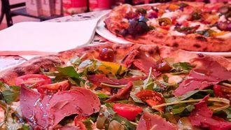 Afbeelding van pizza bij Mastino in Amsterdam klein