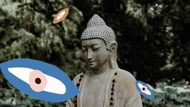 buddha standbeeld