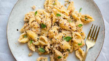 Afbeelding vegetarische pasta met bloemkool 1