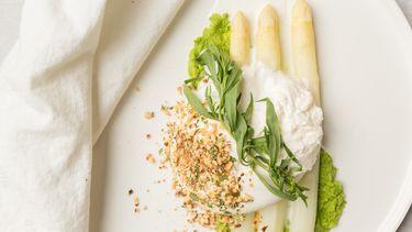 Afbeeldig van witte asperges met burrata recept
