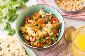 Vegetarische tikka masala met zoete aardappel