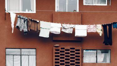 kleding aan een waslijn